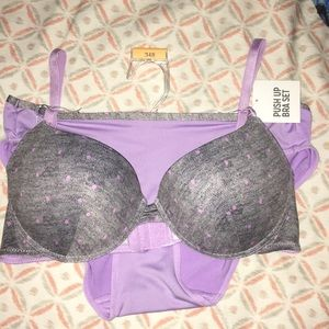 Other - NWT 34B push up bra and panty (sz M) set